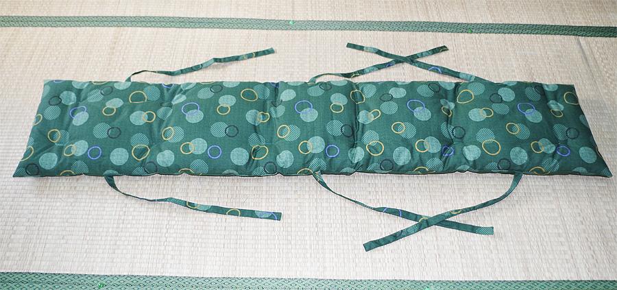 結びひも付き長座布団のお仕立て例です